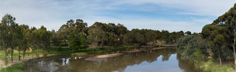 Torrens River at Bonython Park (1)